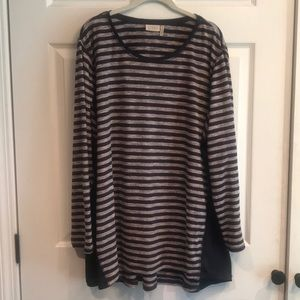 LoGo size 1X pullover tunic top